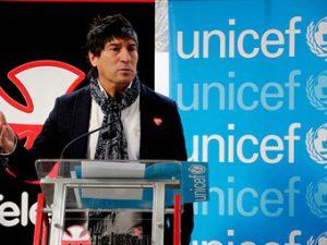 """Bam bam"" Zamorano, embajador de buena voluntad de UNICEF Fuente: adnradio.cl"