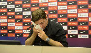 Pascual llorando el día de su despedida.