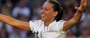 Lauren Cheney se despidió en 2015 del fútbol.