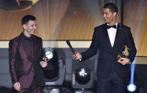 Cristiano y Messi volverán a verse las caras en la entrega del Balón de Oro 2016. Marca.com