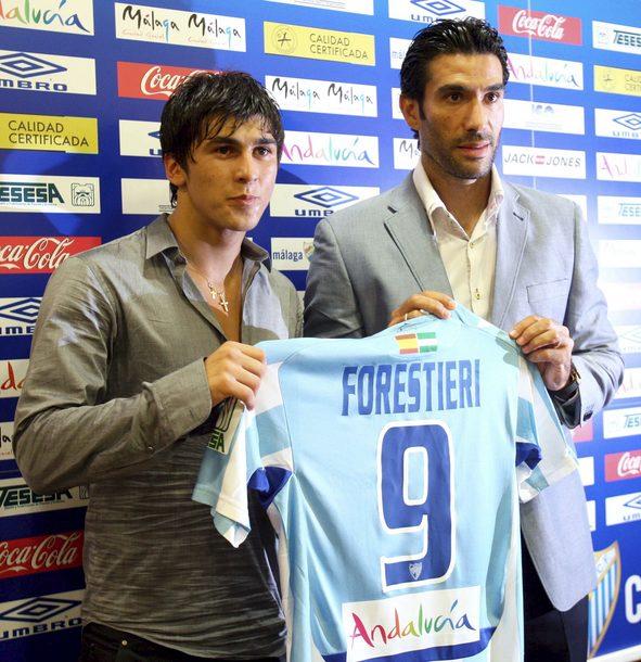 Fernando Forestieri llegó para triunfar, pero en Málaga no encajó. fracasos del Málaga