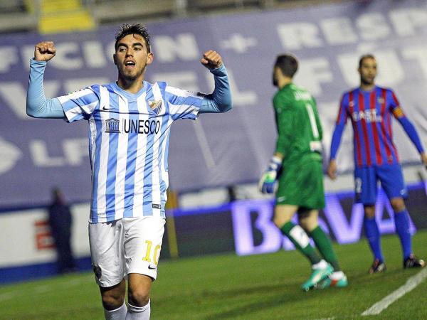 Horta festejando uno de sus goles como blanquiazul. fracasos del Málaga